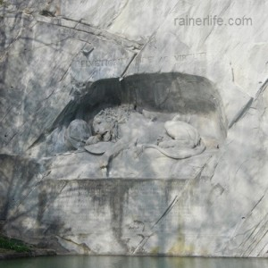 Löwendenkmal (Lion Monument), Lucerne, Switzerland | rainerlife.com