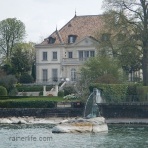 Little Mermaid of Lake Geneva, Geneva, Switzerland | rainerlife.com