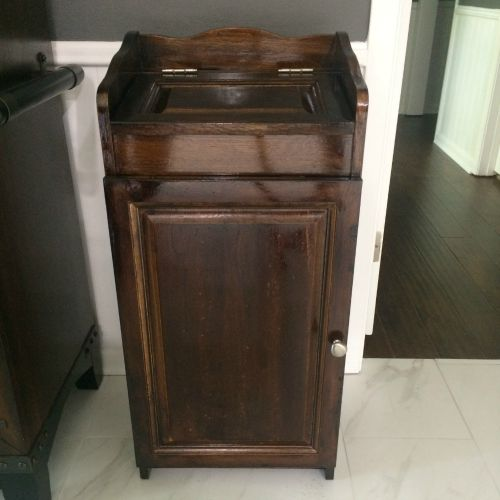 Refinished Trash Bin | rainerlife.com