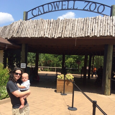 Darinda & Gavin at Caldwell Zoo | rainerlife.com