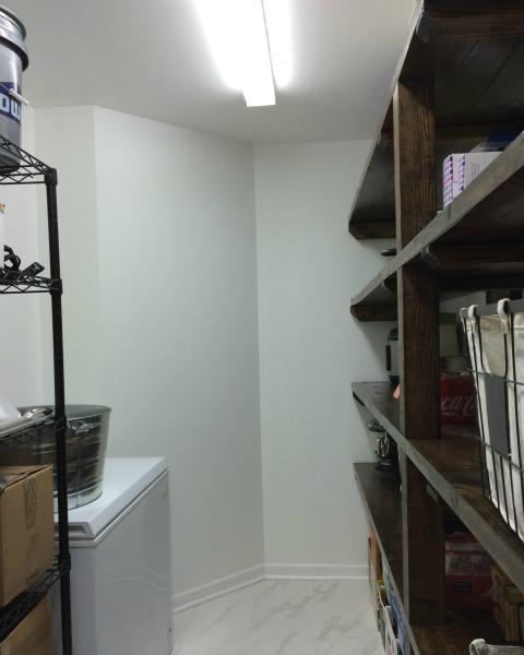 Walk-in pantry | rainerlife.com