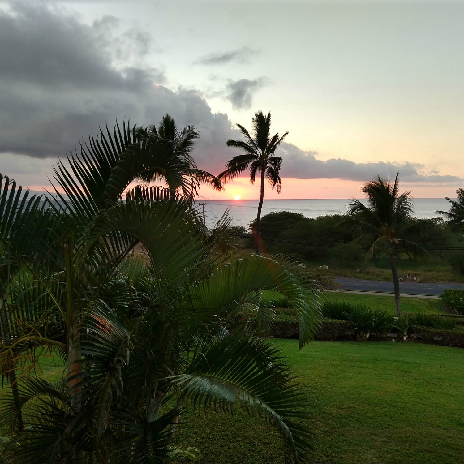 Sunset from our lanai {Maui} | rainerlife.com