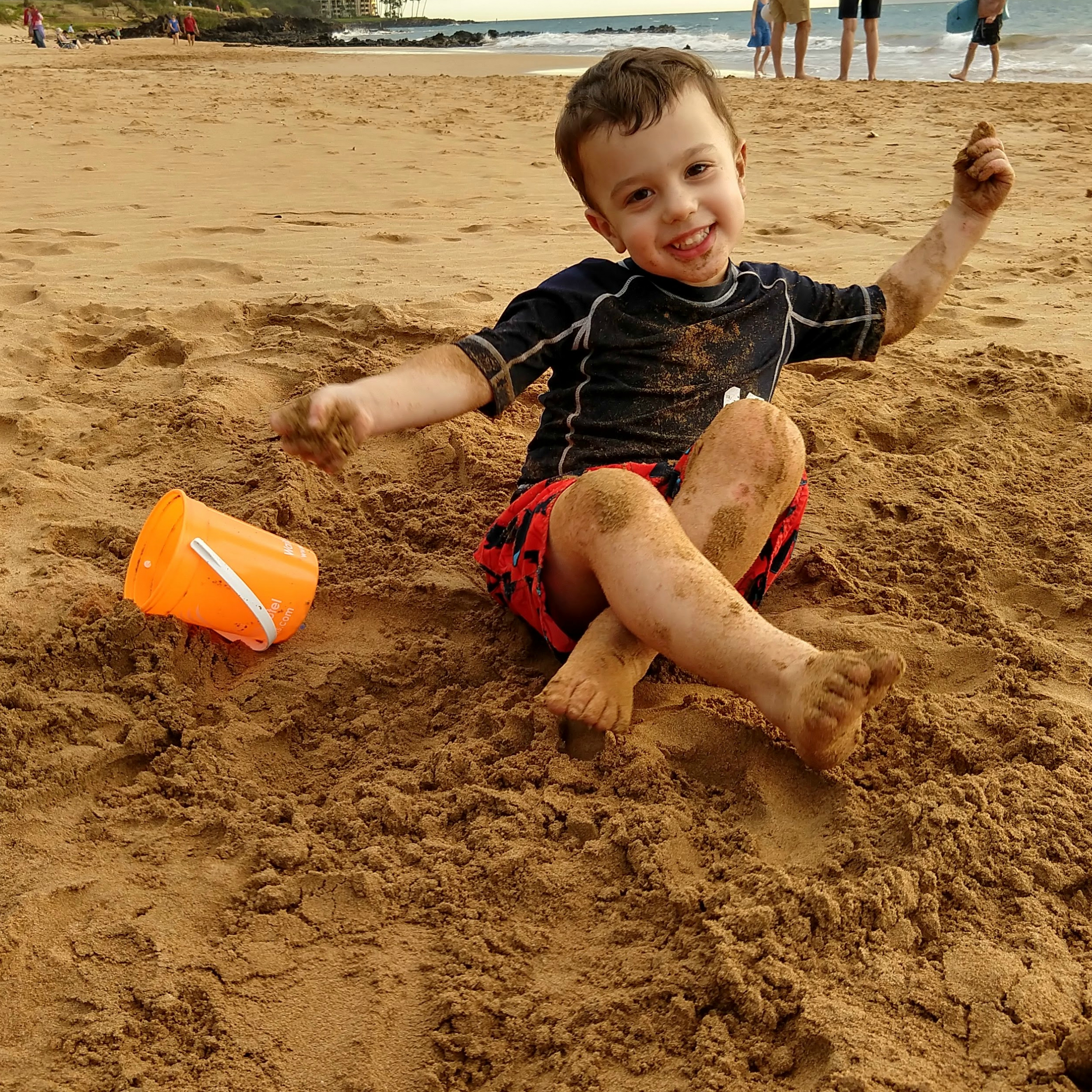 Gavin playing at beach {Maui} | rainerlife.com