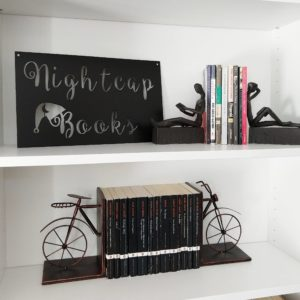 Anniversary gifts - bookends & sign | rainerlife.com